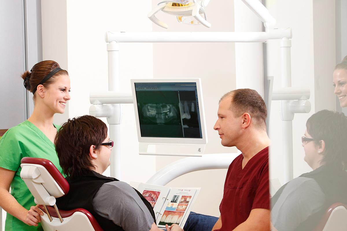 Zahnimplantate in Berlin Marzahn - Zahnklinik Ost